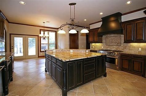 pics of backsplashes for kitchen beautiful kitchens with island area you to walk 7430