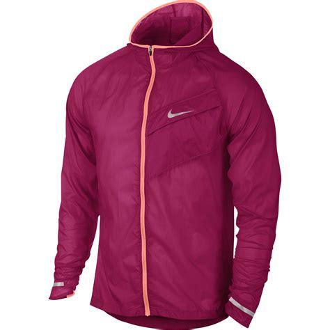 nike impossibly light hd running jacket men s nike mens impossibly light running jacket fuchsia