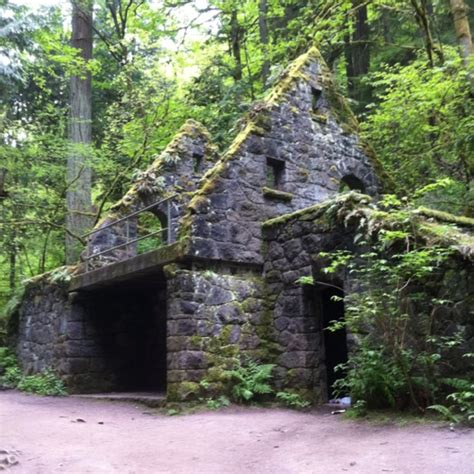house on wildwood trail portland oregon