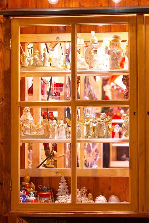 Weihnachtsdeko Fenster Stock by Systemfenster Mit Weihnachtsdekoration Fenster Mit