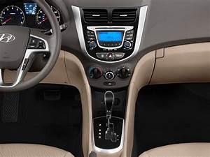 Image  2012 Hyundai Accent 4