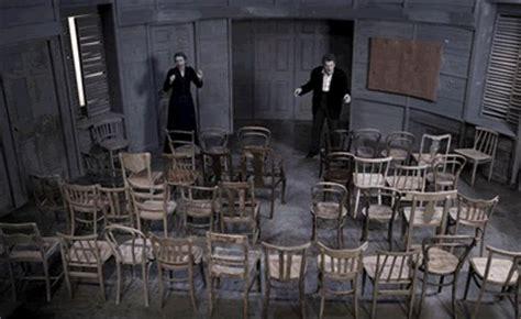 les chaises ionesco teatro a ragusa le sedie di ionesco appuntamenti ragusa