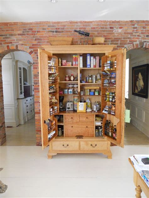 kitchen craft pantry cabinet 107 best new home kitchens images on pinterest