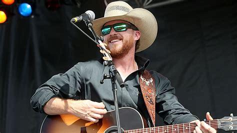 Cody Johnson | Scotties Grill - Texarkana | Outhouse Tickets