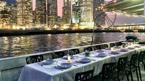 Hong Kong Junk Boat Dinner Cruise by Expert Guide To Hong Kong S Junk Boats Cnn