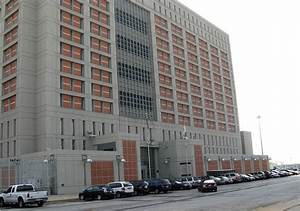 Metropolitan Detention Center, Brooklyn - Wikipedia