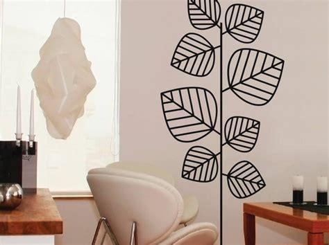 deco cuisine blanc et sticker mural avec des feuilles photo 8 20 un aspect minimaliste qui sied à merveille au