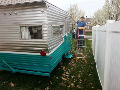 paint  vintage trailer ken craft trailer referb camper makeover vintage camper