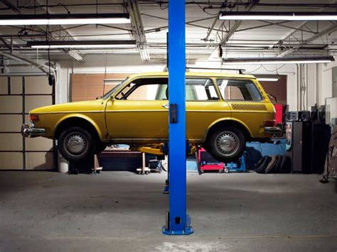 cost to install car lift in garage how to install an automotive lift