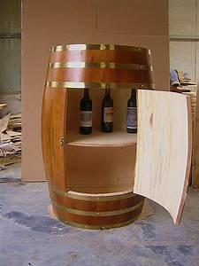 Tonneau En Bois : deco avec un tonneau en bois trendy deco tonneau bois ~ Melissatoandfro.com Idées de Décoration