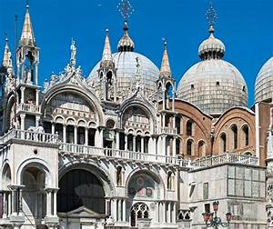 Exploring St. Mark's Basilica in Venice: A Visitor's Guide ...