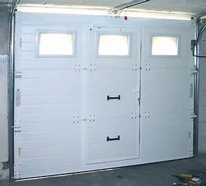 Portes de garage sectionnelles fame le fenestron for Porte de garage coulissante avec porte d entrée pvc castorama