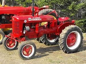 Old Farmall Tractors This Is A Farmall Super A