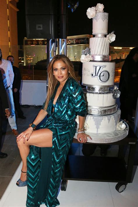 jennifer lopez jennifer lopezs private  birthday  nobu villa suite  las vegas