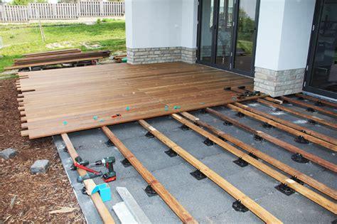Alternativen Zu Tropenholz Terrassenboden Aus Bambus Laerche Und Co by Die Perfekte Unterkonstruktion F 252 R Die Holzterrasse