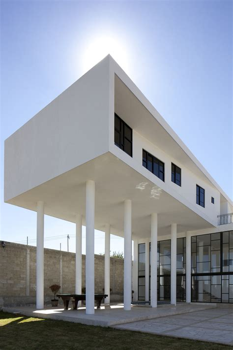 House Built by Modern Hacienda Style Home Built On Pillars Modern House