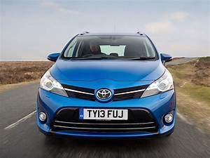 Toyota Verso Dimensions : toyota verso specs 2013 2014 2015 2016 2017 2018 autoevolution ~ Medecine-chirurgie-esthetiques.com Avis de Voitures