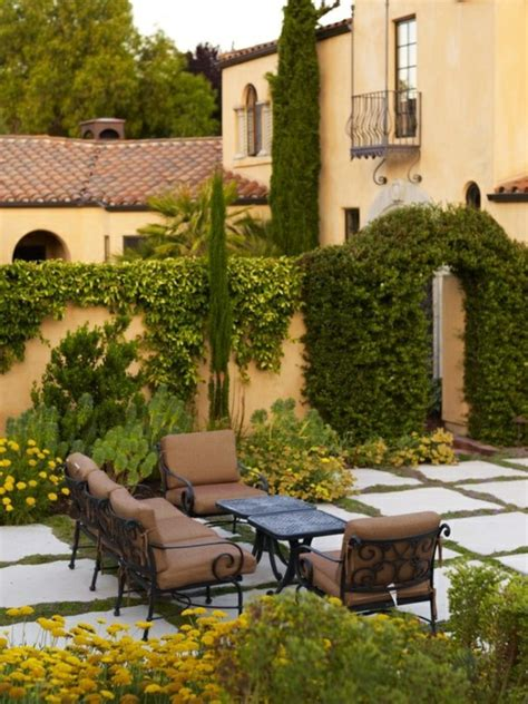 small italian gardens gardening tips for a small garden italian style hum ideas