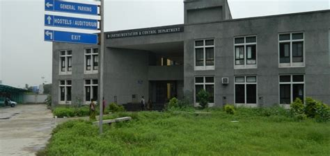 fees structure  courses  gsfc university vadodara