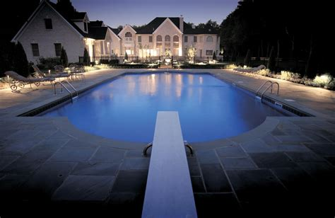 outdoor lighting around pool light can connect indoor and outdoor spaces and screen