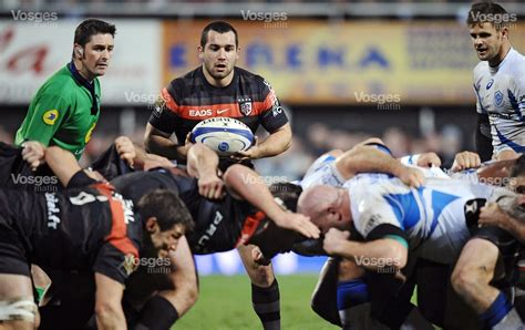 sport national clermont et toulouse chassent le leader