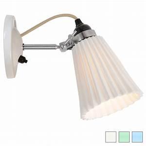 Wandlampe Mit Schalter : kleine wandlampe mit geriffeltem porzellanschirm casa lumi ~ Watch28wear.com Haus und Dekorationen
