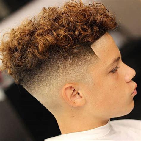 medium curly hairstyle men bentalasaloncom