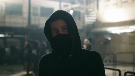 alan walker faded lyrics age career music young alanwalker stage aw building interview producer bieber justin biography crssbeat norwegian truth