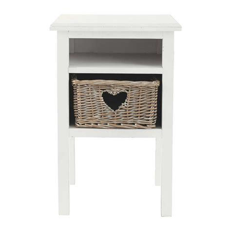 chambre romantique fille table de chevet cœur en bois blanche l 35 cm gabrielle