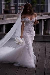 1000+ ideas about Fishtail Wedding Dresses on Pinterest ...