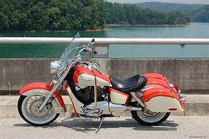BikePics 1998 Honda Shadow Aero VT 1100