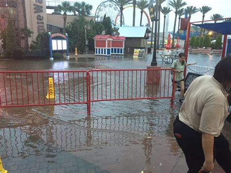 Boat Supplies Kemah by Photos Rides At Kemah Boardwalk Closed Due To Weather
