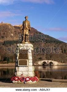 The First World War Memorial beside the A287 at Frensham ...