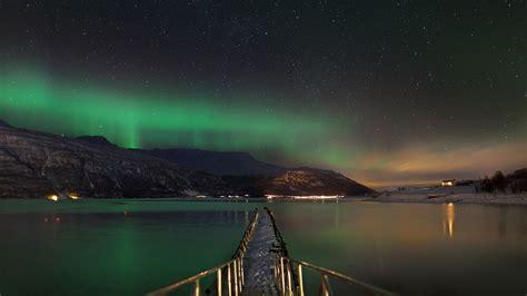 tromso norway northern lights tour tromso aurora break huskies and snowmobiles 4 days 3