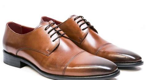 10 Sepatu Pria Termahal Di Dunia Yang Bikin Kamu Ngiler Harga Sepatu Bola Nike Mercurial Murah Di Hongkong Zoom Lebron James Stefan Janoski Macam Pria Ori Olahraga Carvil Grosir Shock
