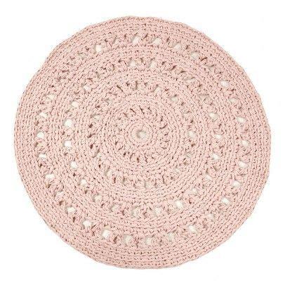 tapis rond crochet rose poudre naco salle de bain