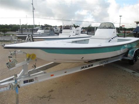 Majek Boat Sales by Majek 25 Boats For Sale
