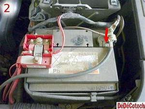 Batterie Renault Clio 3 : changer la batterie de d marrage sur renault m gane ii tuto ~ Gottalentnigeria.com Avis de Voitures