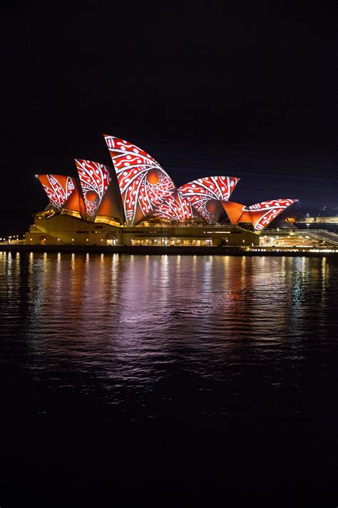 sydney lights up the city couturing