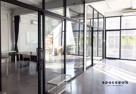 - office for rent - Co-working space - Meeting room - งานสัมมนา - Creative workshop - ห้องสอน ...
