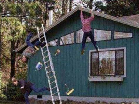 falling   ladder smilie