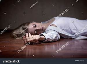 The Dead Woman'S Body. Focus On Hand Stock Photo 136356110 ...
