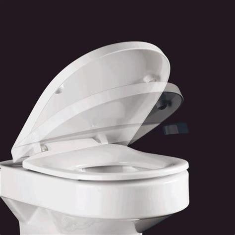 pressalit wc sitz pressalit wc sitz delight 492000 mit absenkautomatik 492000 d09999 megabad
