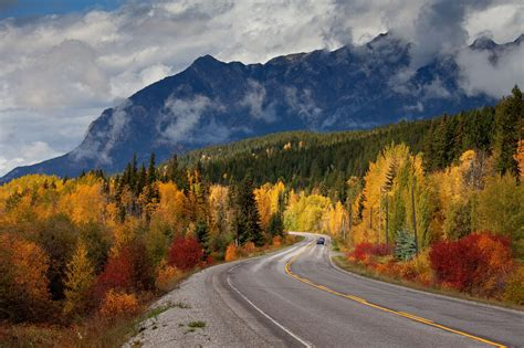 canada fall weather leaves around columbia british canadian colors roadtrip autumn bc breathtaking most travel golden trip highway climate cold