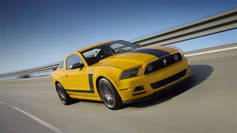 ford mustang boss  top speed