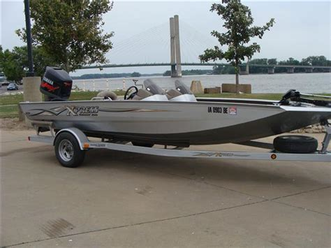 Xpress X19 Bass Boat by Xpress X19 Boats For Sale