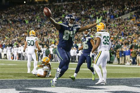 seahawks packers final score seahawks rally  crucial