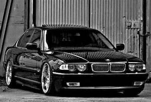 Bmw Serie 7 E38 : 1000 images about bmw e38 on pinterest sedans memories ~ Melissatoandfro.com Idées de Décoration