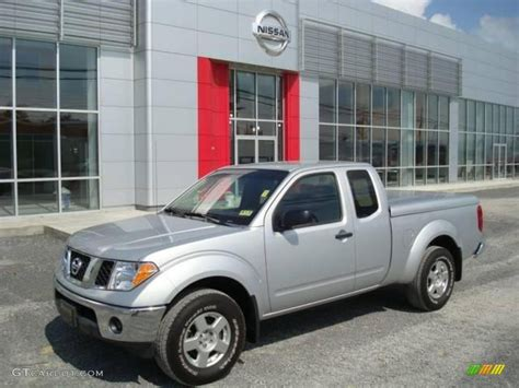 2007 Radiant Silver Nissan Frontier Se King Cab 4x4
