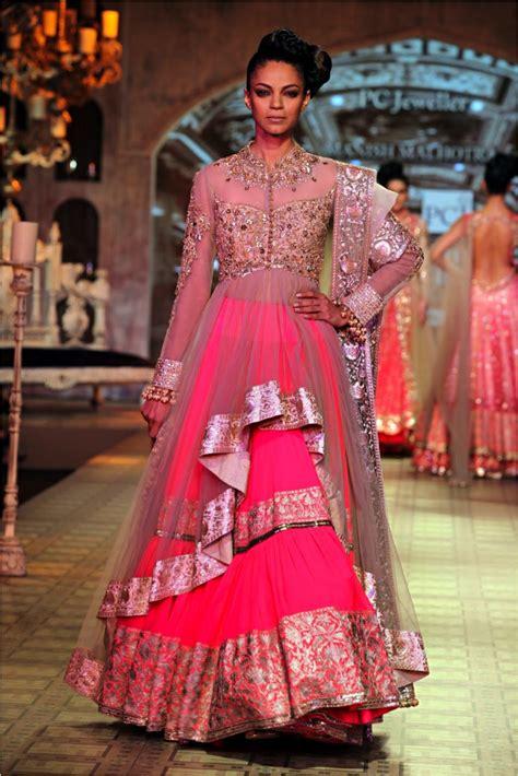 indian wedding dress designer manish malhotra pink